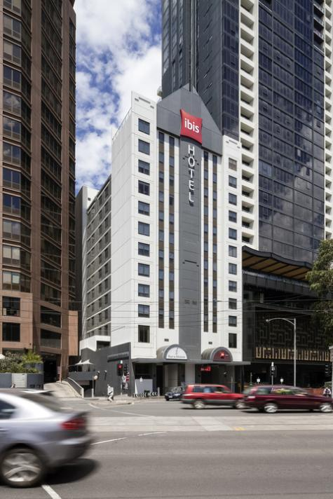 Ibis Melbourne External - ibis Melbourne Hotel and Apartments