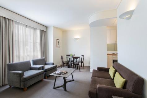 1 Bedroom Apartment - Mantra on Jolimont